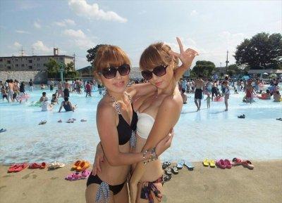 夏だ!海だ!!ギャルの水着だ~(;゚∀゚)=3ハァハァ 表紙