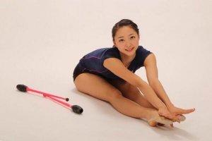 体操女子代表の畠山愛理の身体エロすぎるwww【芸能 軟体 美女】
