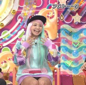 アメトークで久しぶりのTV出演のmisono(ミソノ)がパンチラしまくりでワロタwww