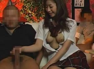 【GIF有】ピンサロ盗撮エロ画像66枚 店内での本番映像がまさかの流出…!?のイメージ