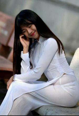 アオザイのエロ画像57枚!ベトナムの民族衣装が下着透け透けでぐう抜けるのイメージ