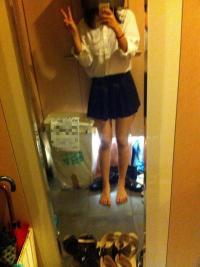 学校サボっちゃったスタイル抜群のJKが制服姿で登場 (・∀・)イイ!!のサムネイル画像