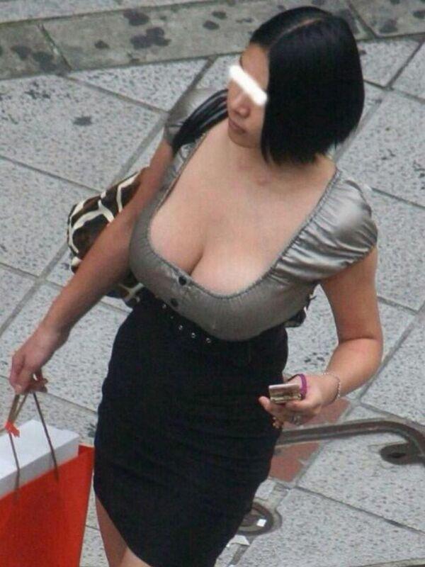 素人爆乳エロ画像157枚!街中や裏垢のボリューミーなおっぱいやヌードがエロ過ぎる!のサムネイル