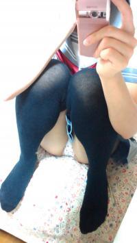 セーラー服コス自撮りエロ画像29枚!ふっくらと丸みを帯びた美巨乳を自撮りのサムネイル画像