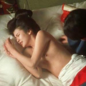 【アイドルエロ画像】昭和のアイドル南野陽子が離婚危機!?のサムネイル画像
