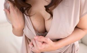 素人熟女のおっぱいやパンチラにセックス画像を104枚集めてみたのサムネイル画像
