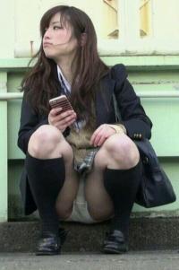 【エロ画像】街や通学路のJKをスマホでコッソリ盗撮!今夜はこの娘でヌくぞぉぉぉぉのサムネイル画像