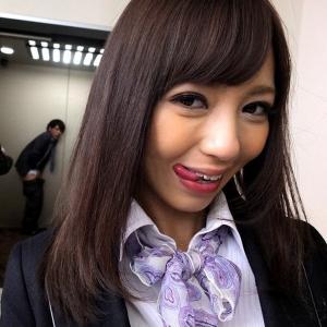 噂のエレベーターガールの昇天(上)への誘いのサムネイル画像
