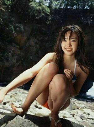 芸能人マンスジエロ画像60枚!女性タレントのモロに映ったハプニングwwwのサムネイル画像