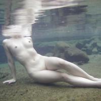 女湯の湯船の中はこんなに素晴らしい光景が広がっているらしいのサムネイル画像
