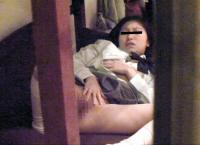 JKオナニーエロ画像115枚!トイレや自宅で指マンや玩具を使った自慰の盗撮や流出!のサムネイル画像