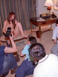 素人モデルの撮影会風景が卑猥すぎる!!のサムネイル画像