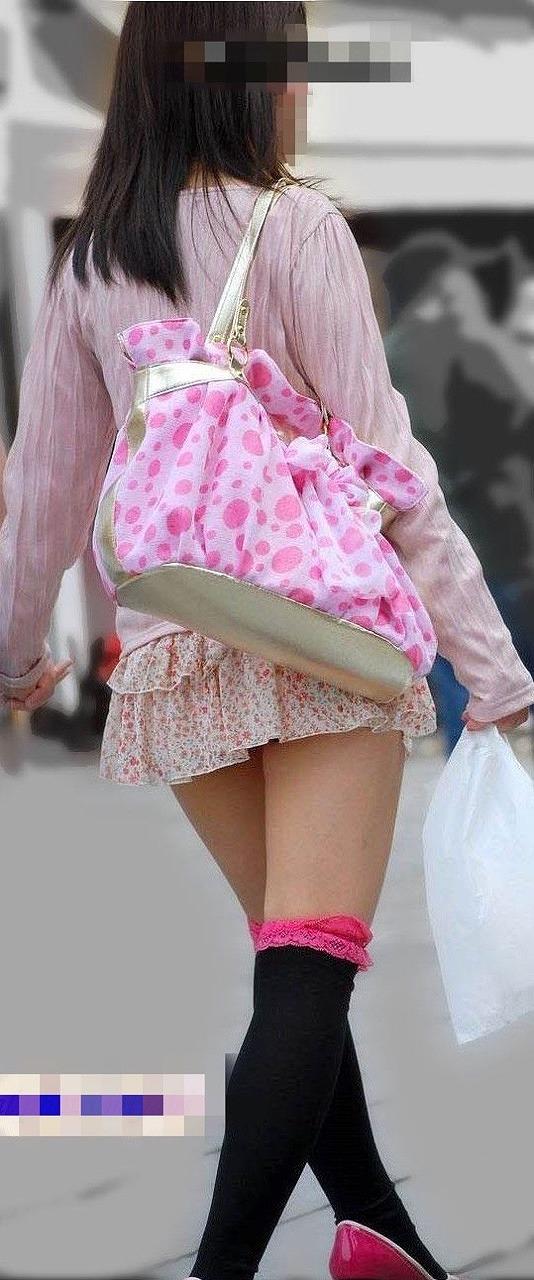 【ロリ盗撮】生足剥き出しで街歩く美少女の盗撮写真集めたったwww | 素人エロ画像-女神ちゃんねる 表紙