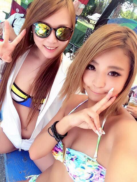 【インスタ エ□】水着お○ぱいをアップする素人女子たちが急増中!